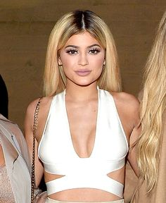 If you've ever wondered how much Kylie Jenner pays for beauty, now you know! Jenner family ponies up over $1,600 for her beauty routine. See breakdown