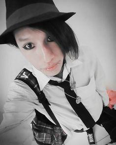 Hoy salí de compras :3   KrutgsZwugnerDark#Krugnez#Emo#Scene#Goth#EmoScene#EmoSuicide#SceneHair#SceneStyle#Piercings#Emoboy#Gothic#AltertnativeStyle#AlternativeMusic#AlternativeWorld#FollowforFollow#LikeforLike#F4f#followback by krutgszwugnerdark https://www.instagram.com/p/BEphnMPylHT/ #jonnyexistence #music