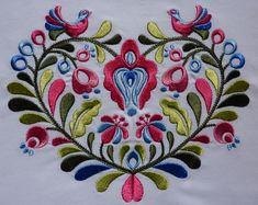 Výsledok vyhľadávania obrázkov pre dopyt folklór výšivka Edwardian Dress, Scandinavian Design, Vibrant Colors, Kids Rugs, Symbols, Graphic Design, Traditional, Embroidery, Knitting