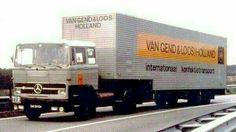 Mercedes Benz v Gend & Loos confektie vervoer Mercedes Benz Trucks, Mercedes Car, Tow Truck, Vintage Trucks, Cool Trucks, Holland, Transportation, Van, Vehicles