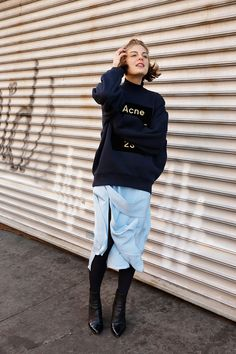 What to Wear This Week - Man Repeller Winter Outfits, Cool Outfits, Fashion Outfits, Casual Chic, Layering Outfits, Style Snaps, Parisian Style, Models, Street Style Women