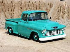 Larry Henderson modified this 1955 Chevy 3100 that he found in an issue of Auto Trader Classics. 57 Chevy Trucks, Classic Chevy Trucks, Hot Rod Trucks, Cool Trucks, Chevy Classic, Lifted Trucks, Classic Cars, Chevy 3100, Chevy Pickups