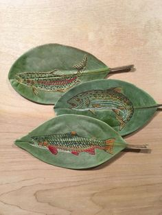 This is an on going collection of hand embroidered magnolia leaves. All of the illustrations for the embroideries are mine, all the leaves are real, and are handled carefully and preserved to last. Embroidery Leaf, Embroidery Fashion, Embroidery Designs, Plant Crafts, Nature Crafts, Dry Leaf Art, Leave Art, Knitted Mittens Pattern, Crochet Leaves