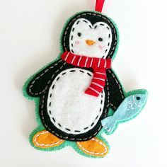 COMMERCIAL USE Felt Christmas Ornaments PDF Pattern by ericahite