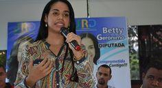 Betty Gerónimo asegura desde el congreso trabajará a favor de la mujer y la juventud
