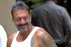 Live: Sanjay Dutt's Release from Yerwada Jail   Times of India - The Times of India