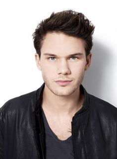 Jeremy Irvine is known for turning down big roles in Hollywood. Originally offered roles of Peeta Mellark, The Hunger Games  Four, Divergent; this Brit instead chose roles like Warhorse  Great Expectations.