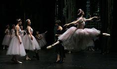 lasylphidedubolchoi:Backstage at the Bolshoi Theatre before Les Sylphides Photo by Ekaterina Vladimirova