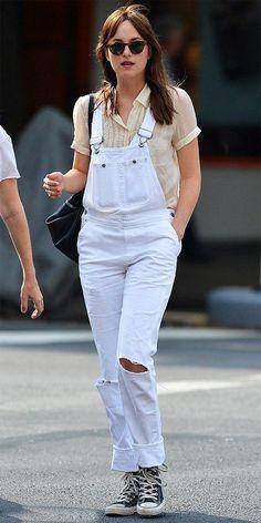 Street style look Dakota Johnson