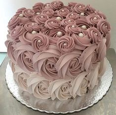 Ideas cake decorating party to get Beautiful Birthday Cakes, Beautiful Cakes, Amazing Cakes, Elegant Birthday Cakes, Pretty Cakes, Cute Cakes, Birthday Cake Decorating, Cake Birthday, Rose Cake