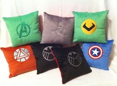 Avengers pillows 21 Geeky Projects Fit For A Superhero Nerd Crafts, Book Crafts, Diy Crafts, Avengers Crafts, Avengers Room, Nerd Room, Diy Pillows, Couch Pillows, Camping Crafts