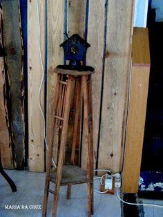 objetosdoutrostempos: Coluna de madeira
