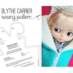 Blythe Doll carrier case bag sewing pattern door alittlestranger