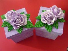 Caixas de mdf com flores de eva
