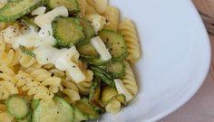 pasta con zucchine e provola affumicata