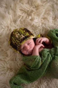 http://huggabeans.bigcartel.com   Newborn Photography Props, Newborn baby shower, baby shower gifts, baby gifts, baby girl, baby boy, crochet baby gift, newborn photography