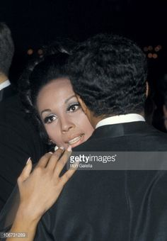 Diahann Carroll and Don Marshall during Academy Awards Governor& Ball at Dorothy Chandler Pavilion in Los Angeles, California, United States. Vintage Hollywood, Hollywood Glamour, Diahann Carroll, Academy Awards, Classic Films, Pavilion, United States, California, Stylish