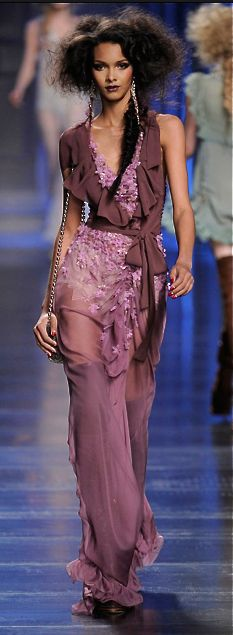 John Galliano for Christian Dior Fashion Week, Love Fashion, Runway Fashion, High Fashion, Fashion Show, Womens Fashion, Fashion Design, Christian Dior, Style Haute Couture