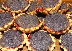 Hungarian Recipes, Hungarian Food, Mini Tart, Bakery Recipes, Griddle Pan, Main Dishes, Muffin, Food And Drink, Vegetarian