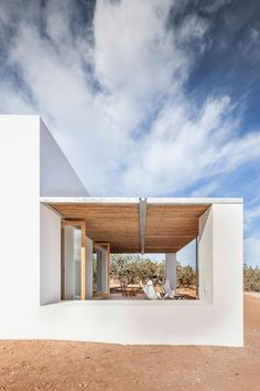 Can Xomeu Rita - Marià Castelló · Architecture Design Exterior, Interior And Exterior, Contemporary Architecture, Interior Architecture, Minimalist Architecture, Charming House, Minimal Home, Luxury Homes, Mansions