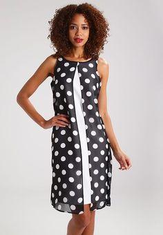 Vêtements Wallis Robe d'été - black noir: 70,00 € chez Zalando (au 25/05/17). Livraison et retours gratuits et service client gratuit au 0800 915 207.