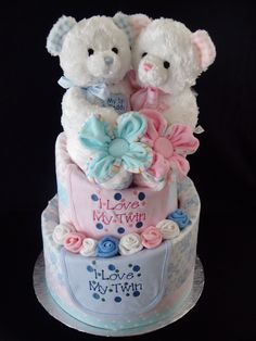 Boy Baby Shower Themes, Baby Shower Cakes, Baby Shower Gifts, Baby Gifts, Twin Diaper Cake, Baby Nappy Cakes, Diaper Cakes Tutorial, Diaper Cake Instructions, Diaper Bouquet