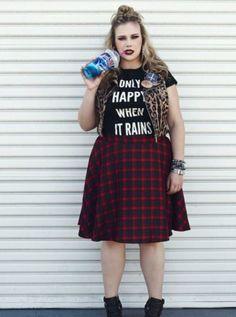 Only-Happy-When-It-Rains-Fun-Soft-Grunge-Popular-Street-font-b-Goth-b-font-T.jpg (454×610)