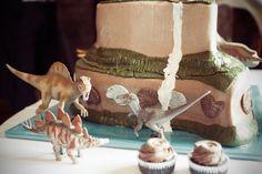 Dinosaur wedding blog UK Belinda McCarthy photography (29)
