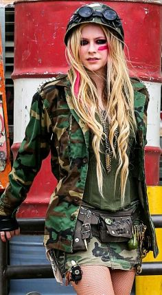 Let em Know That We're Still Rock N Roll♪♥ Avril Lavigne Owns Our Hearts ♥.♥