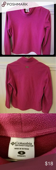 Columbia Magenta Turtle Neck - Sz S This is a Columbia Magenta Turtle Neck with a warm fuzzy material. It is a size small.  This had been worn a few times before but is still in very good condition. Columbia Sweaters Cowl & Turtlenecks