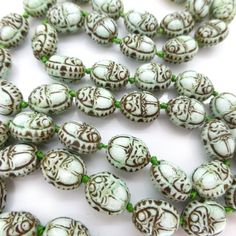 Image of Vintage Art Deco Egyptian Revival Green Scarab Glass Bead Necklace - Neiger