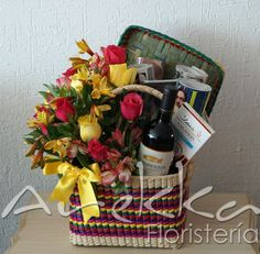 Rosas + Vino  + Revistas + Chocolate