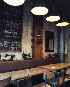 One of the great things about Paris is that there is an incredible amount of cafés to choose from. By café I don't mean only a place where you can drink coffee, but a place where you can have a dri...