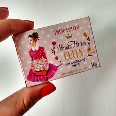 Embalagem mini e delicada ao estilo vintave vintage que me encantou #glamboxmarço #colaadora #vintage