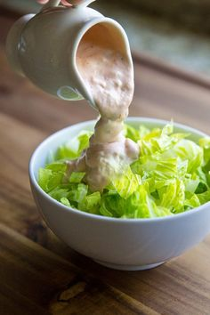 This Homemade Thousand Island Dressing recipe comes together in 5 minutes with just 5 ingredients! It's thick, delicious, and perfect on your next salad. dressing Homemade Thousand Island Dressing Recipe Salad Dressing Recipes, Chicken Salad Recipes, Salad Dressings, Soup And Salad, Pasta Salad, Shrimp Salad, Shrimp Pasta, Egg Salad, Cucumber Salad