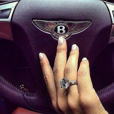 #fblogger #bling #diamonds #bentley #lifegoals #luxury #luxurylifestyle #fashioninspo #pretty