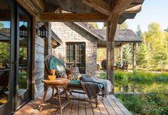 Fishcreek Woods to górski pensjonat, zaprojektowany przez firmę JLF + Associates