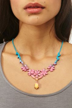 ombre rhinestones with spray paint    Dip Dye Necklace @Nastygal $35