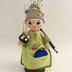 Exceptional Stitches Make a Crochet Hat Ideas. Extraordinary Stitches Make a Crochet Hat Ideas. Crochet Pincushion, Crochet Amigurumi, Amigurumi Doll, Amigurumi Patterns, Crochet Dolls, Doll Patterns, Knit Crochet, Amigurumi Tutorial, Pincushions