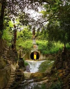 Land Art, Travel Inspiration, Barcelona, Spain, Places To Visit, Around The Worlds, Country Roads, Explore, Adventure