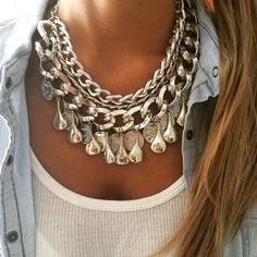 Collar Malibu                                                       …                                                                                                                                                                                 Más