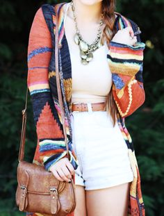 This outfit has a fall-casual-hippie-vibe