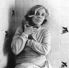 Elena Poniatowska (born May 19, 1932, in Paris, France, as Princess Hélène Elizabeth Louise Amélie Paula Dolores Poniatowska Amor) is a Mexican journalist and author. Her generation of writers include Carlos Fuentes, José Emilio Pacheco and Carlos Monsiváis.