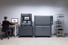 Great news for anyone looking to lower their costs for metal 3D printing. The Studio System 2 condenses the original Studio System's process into two-steps, resulting in less overall consumable usage. 3d Printing News, 3d Printing Diy, Desktop Metal, Fusion 360, Software, Studio, 3d Printer, Product Launch, The Originals