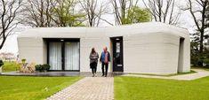 Prvý európsky 3D dom na prenájom už má nájomníkov - Akčné ženy Eindhoven, 3d Printed Building, 3d Printed House, Impression 3d, Casa Cook Hotel, Printed Concrete, Bungalow, Load Bearing Wall, Spacious Living Room