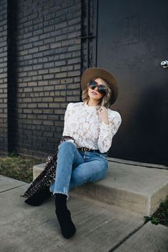 Looking for BOHO CHIC Valentine's Day outfit ideas? Style Blogger Life Lutzurious styles this AMAZING $89 lace top, chic mom jeans, a Janessa Leone hat, and black sock booties. Mom Outfits, Winter Fashion Outfits, Stylish Outfits, Trendy Fashion, Fall Outfits, Autumn Fashion, Night Outfits, Womens Fashion, Valentine's Day Outfit
