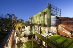 Situated in Hawthorn, Australia, this contemporary warehouse residence was designed this year by Splinter Society.
