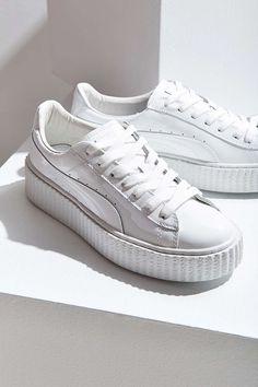 best sneakers 1ba95 32275 Puma X Rihanna Fenty Basket Creeper Glo Sneaker Weiße Turnschuhe, Weiße  Schuhe, Schnürschuhe,