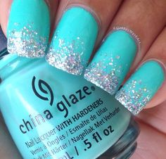 Glitter is so much fun whether we are talking about nails or pretty much anything else for that matter. Here we have found 22 Nails That Feature Glitter Because Why Not! Glitter can be the one thing that makes your nails stand out from the crowd. Hair And Nails, My Nails, Cute Nails, Sparkle Nails, Glitter Nails, Blue Glitter, Glitter Toms, Glitter Art, Glitter Makeup