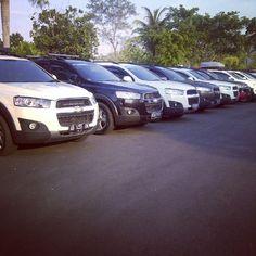 Mejeng di plataran Candi Borobudur (June 2014) Chevrolet Captiva, Borobudur, Chevy, June, Autos